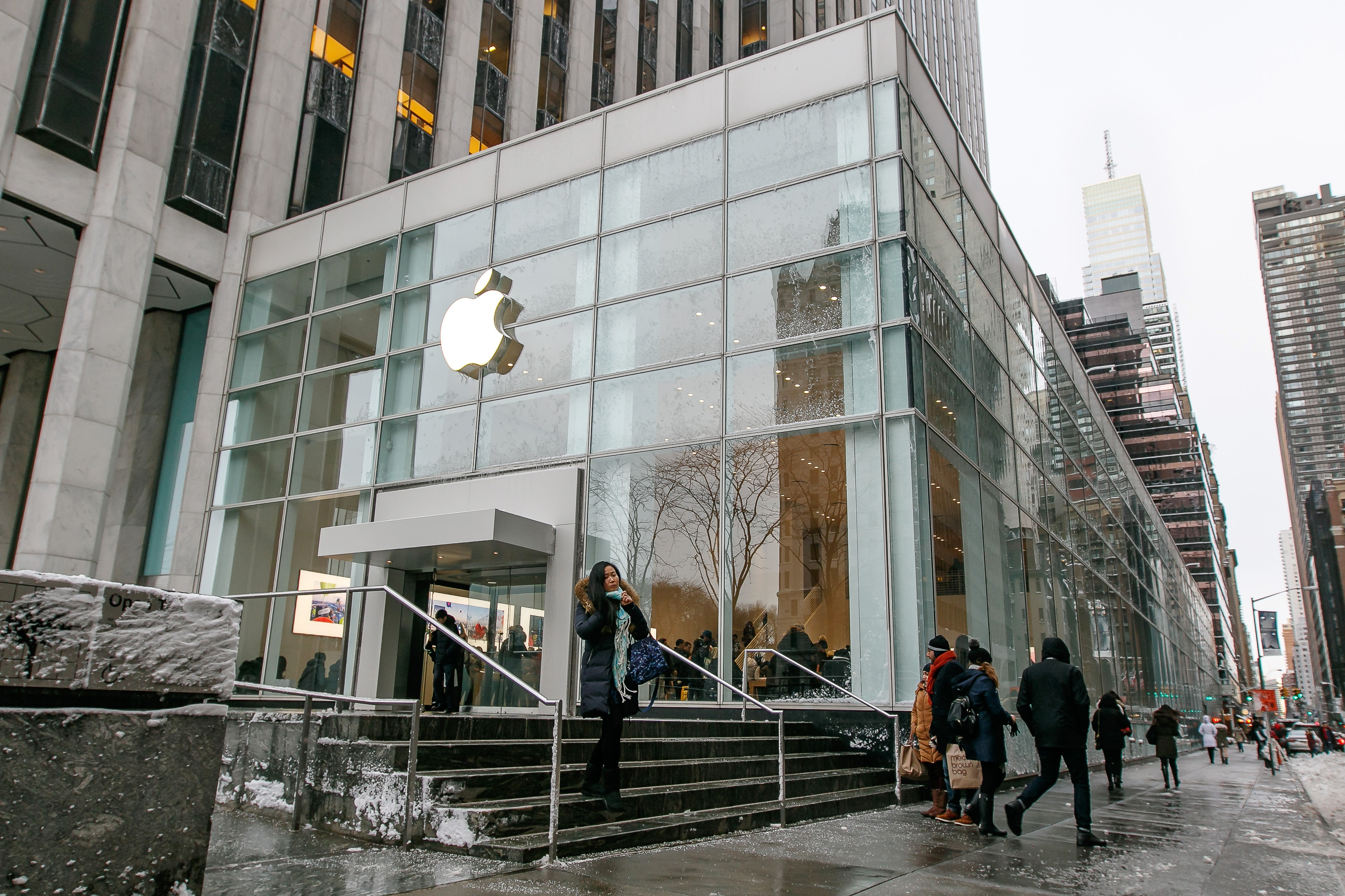 Shop Talk: Apple's New Town Squares Are a Smart Social Influence Play
