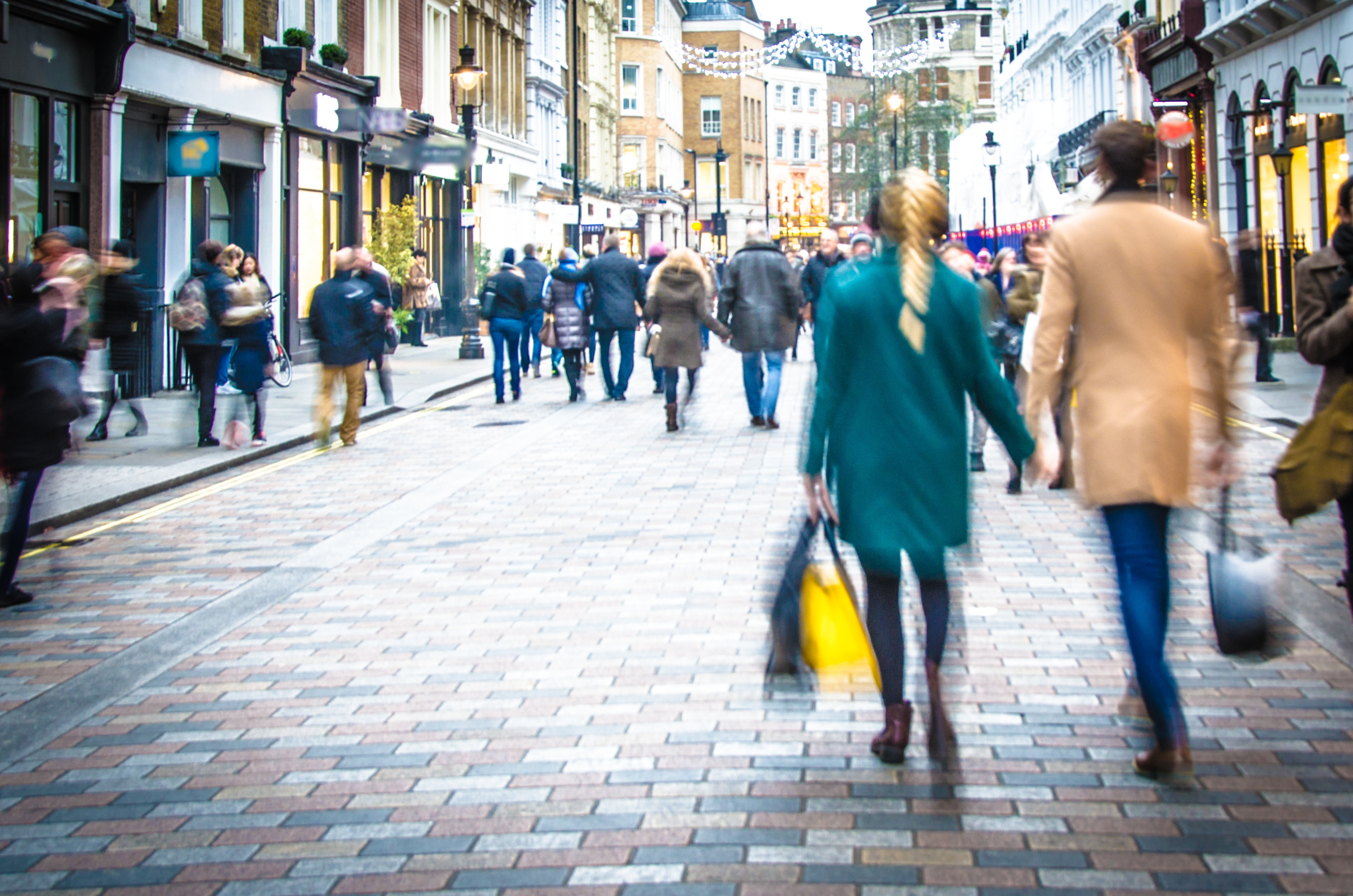 Mainstream Retailers Still Pack a Strong Social Punch