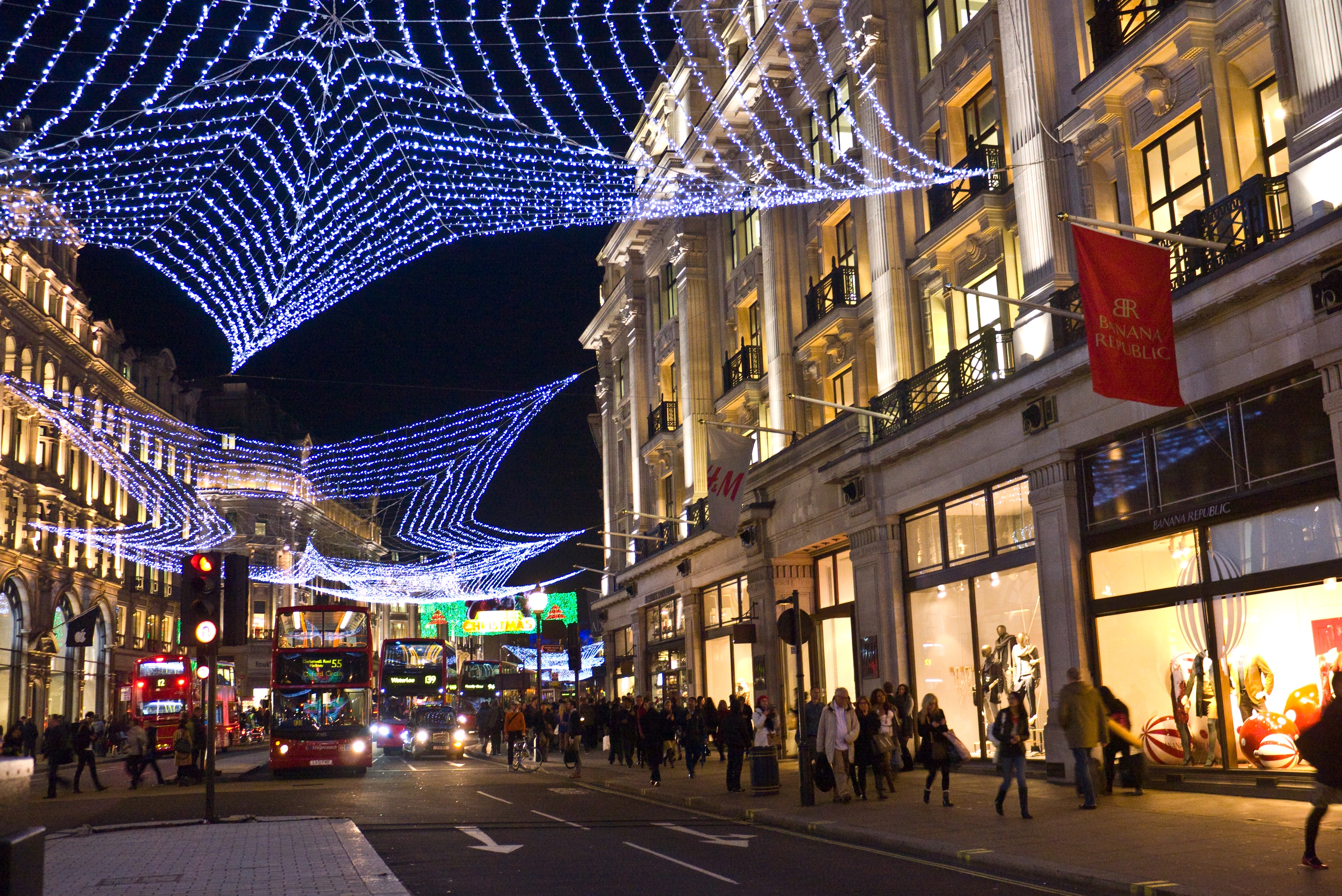 UK Christmas Winners and Losers: How Did Social Contribute?